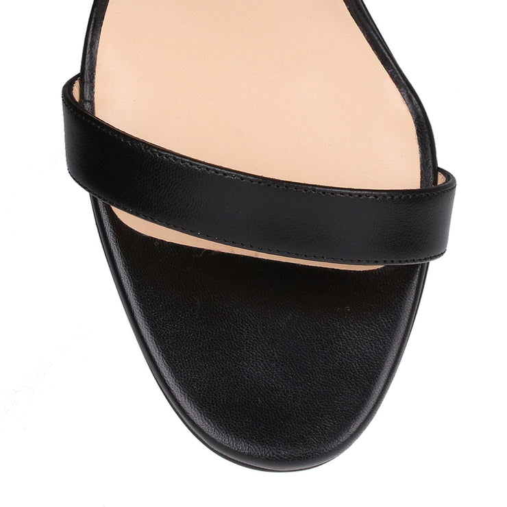 Jonatina 100 black leather sandal