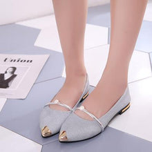 Load image into Gallery viewer, Shoes women spring 2018 new pearl shallow-mouthed chic single shoes 100 lap flat shoes Korean version 100 lap women's shoes - Y O L O Fashion Store