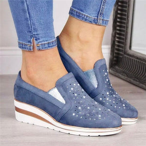 Hot wedges shoes for women Cow Suede New Bling Autumn shoes woman Fashion Slip-On Round Toe casual flat shoes comfortable flats