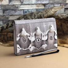 Load image into Gallery viewer, New snakeskin leather men's clutch bag Real cobra head male Large capacity wallet men Clamp bag hand clutch bags