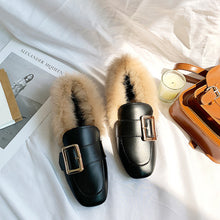 Load image into Gallery viewer, Women Flat shoes With Pearl 2020 women Loafers Buckle Female casual shoes Girls shoes Outdoor With fur