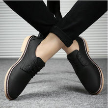 Load image into Gallery viewer, 2019 NEW Classic Comfortable Men Casual Leather Shoes Men Flats Hot Sale Moccasins Sneakers Shoes  Oxfords Formal shoes LK-97
