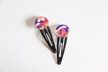 Load image into Gallery viewer, Deep Purple Bouquets - 1 matched pair of snap hair clips