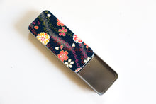 Load image into Gallery viewer, Flower Branches - Washi paper Pill Box