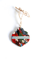 Load image into Gallery viewer, Red festivities - Mini Wood Washi paperOrnament