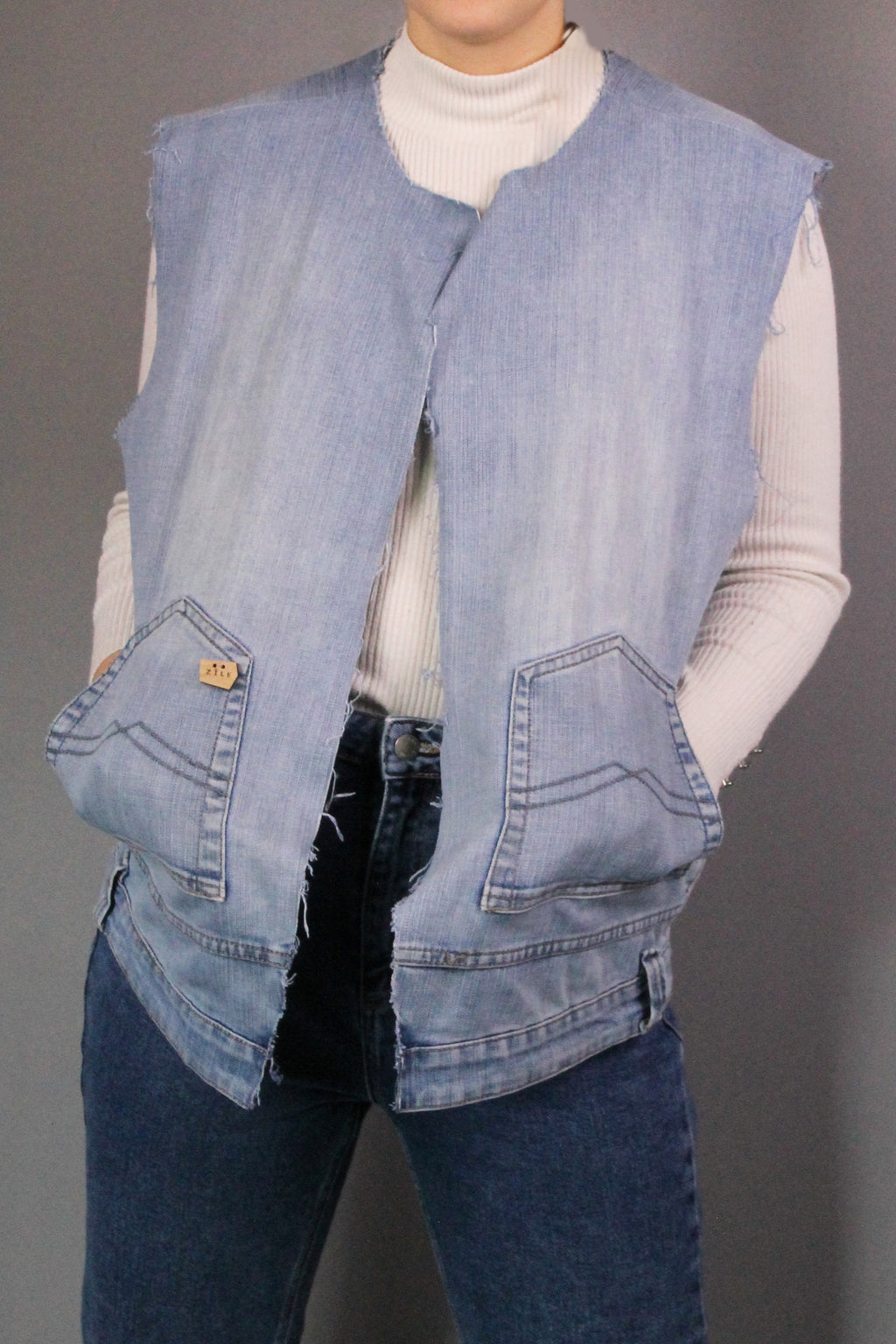 LIGHT UNISEX DENIM WAISTCOAT