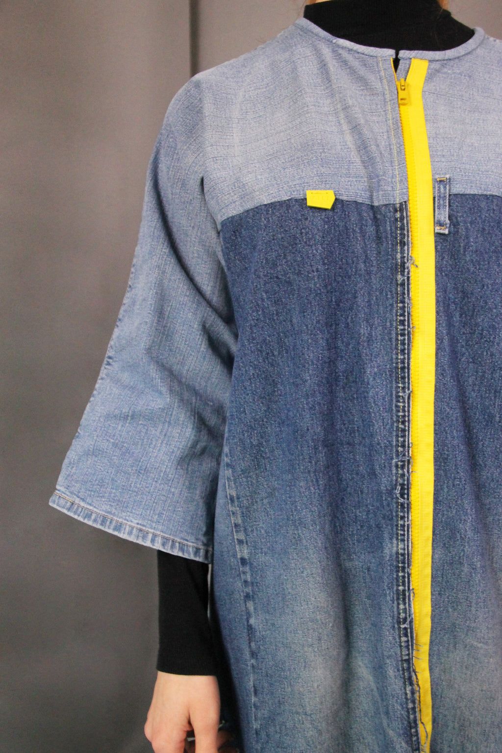 DENIM COAT WITH WIDE SLEEVES