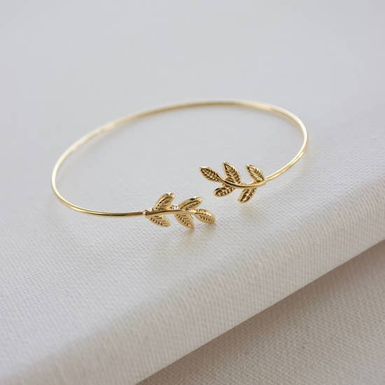 textured leaf cuff bangle