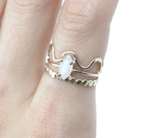 Load image into Gallery viewer, Rainbow Moonstone Ring- size 5.5