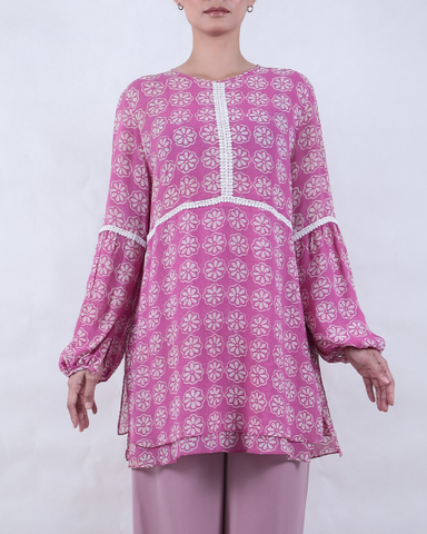 Long Sleeve Batik BLOUSE with Manggis Motif