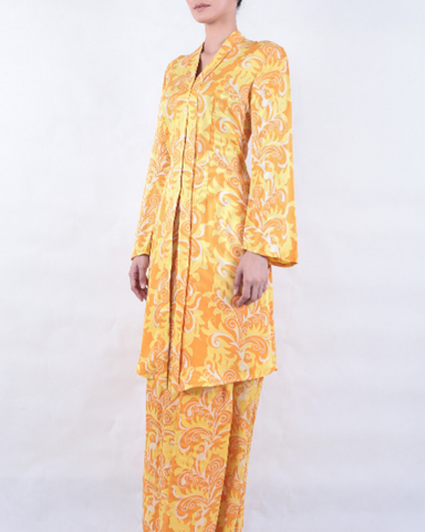 Yellow/Orange/White Batik KEBAYA and SARONG with Feather Motif