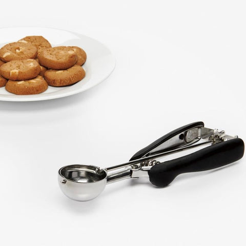 OXO LARGE COOKIE SCOOP