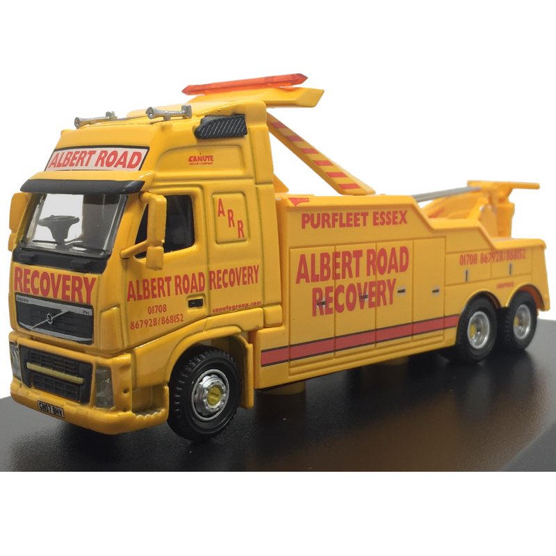Oxford Diecast Albert Road Recovery Volvo FH Boniface