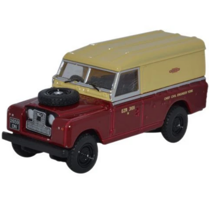 Oxford Diecast 76LAN2014 Land Rover Series II Hard Back British Railways