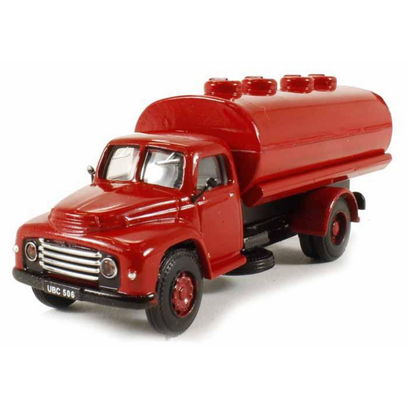 B-T Models Commer Superpoise Tanker - Red