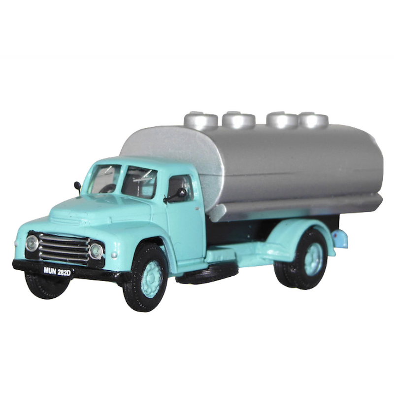 B-T Models Commer Superpoise Tanker Pale Blue/Silver