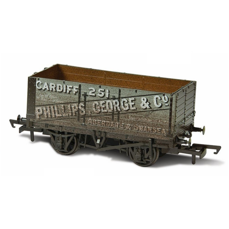 Oxford Rail Weathered 7 Plank Mineral Wagon - George & Co
