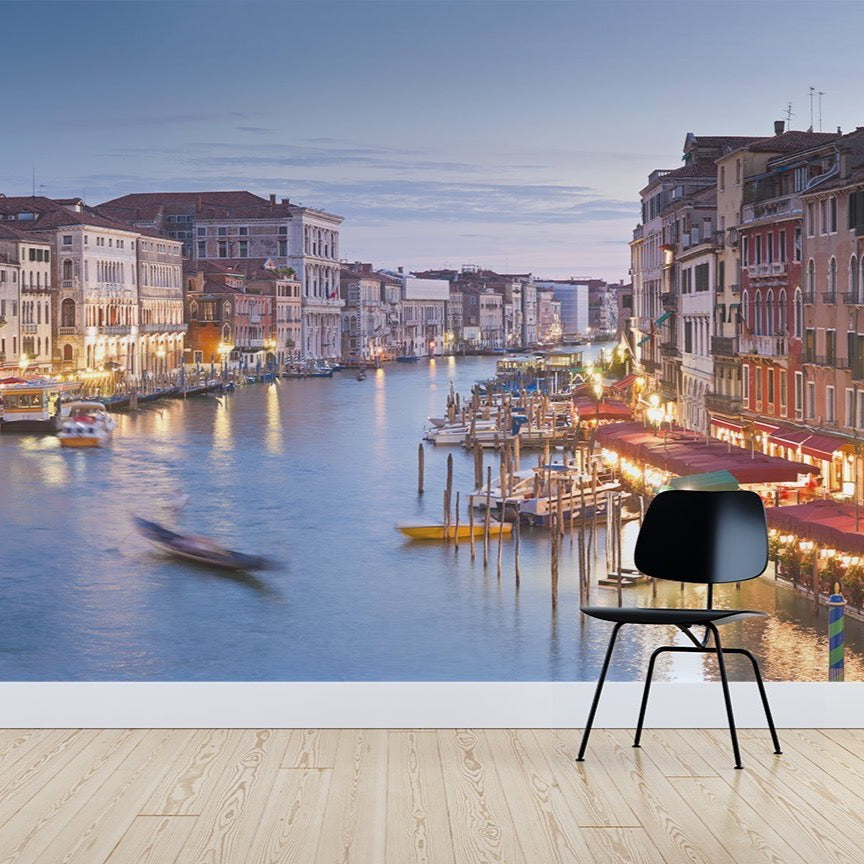 Rialto Bridge Wallpaper Mural with a Black chair in front | WallpaperMural.com