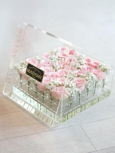 Acrylic Blossom Box in Soft Pink