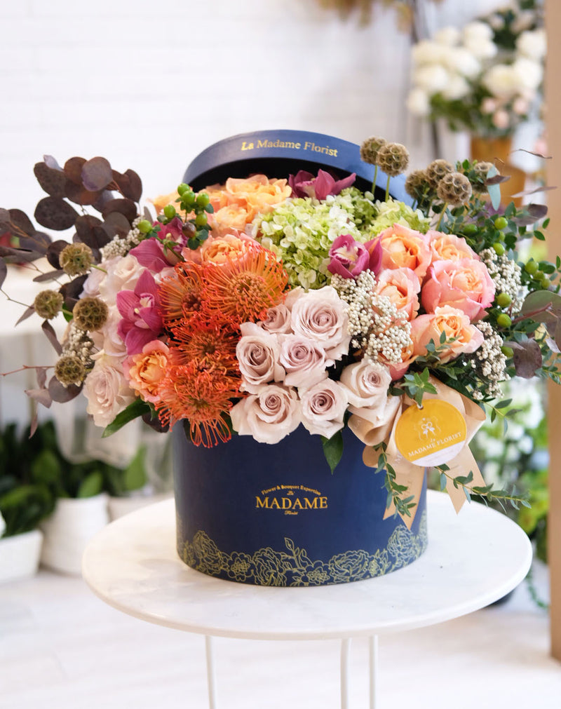 Hearth of Autumn Paradise Blossom Box