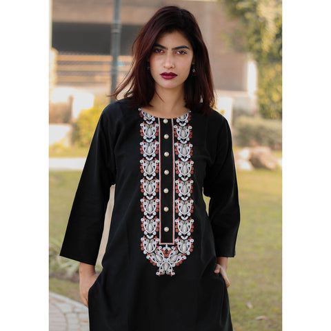 Elegant Black Embroidery Kurta - Chilgozay Clothing