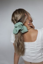Load image into Gallery viewer, IVY OVERSIZED SCRUNCHIE