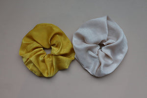 ADRYANA OVER SIZED SCRUNCHIE