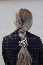 Load image into Gallery viewer, 16.5K!!! SCRUNCHIES