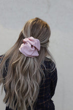Load image into Gallery viewer, NEW FRIENDS OVER SIZED SCRUNCHIE