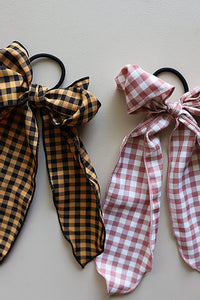 BACK TICKLES SCARF BOWS