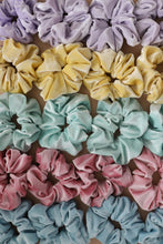 Load image into Gallery viewer, COTTON CANDY OVERSIZED SCRUNCHIES ( 5 COLORS )