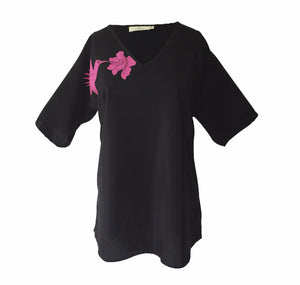 Load image into Gallery viewer, 1302 V-neck short sleeve blouse Hummingbird Black
