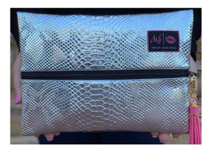 MAKEUP JUNKIE BAGS  Medium Platinum Python