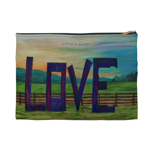 "Accessory Pouch - ""Lock in Love"""