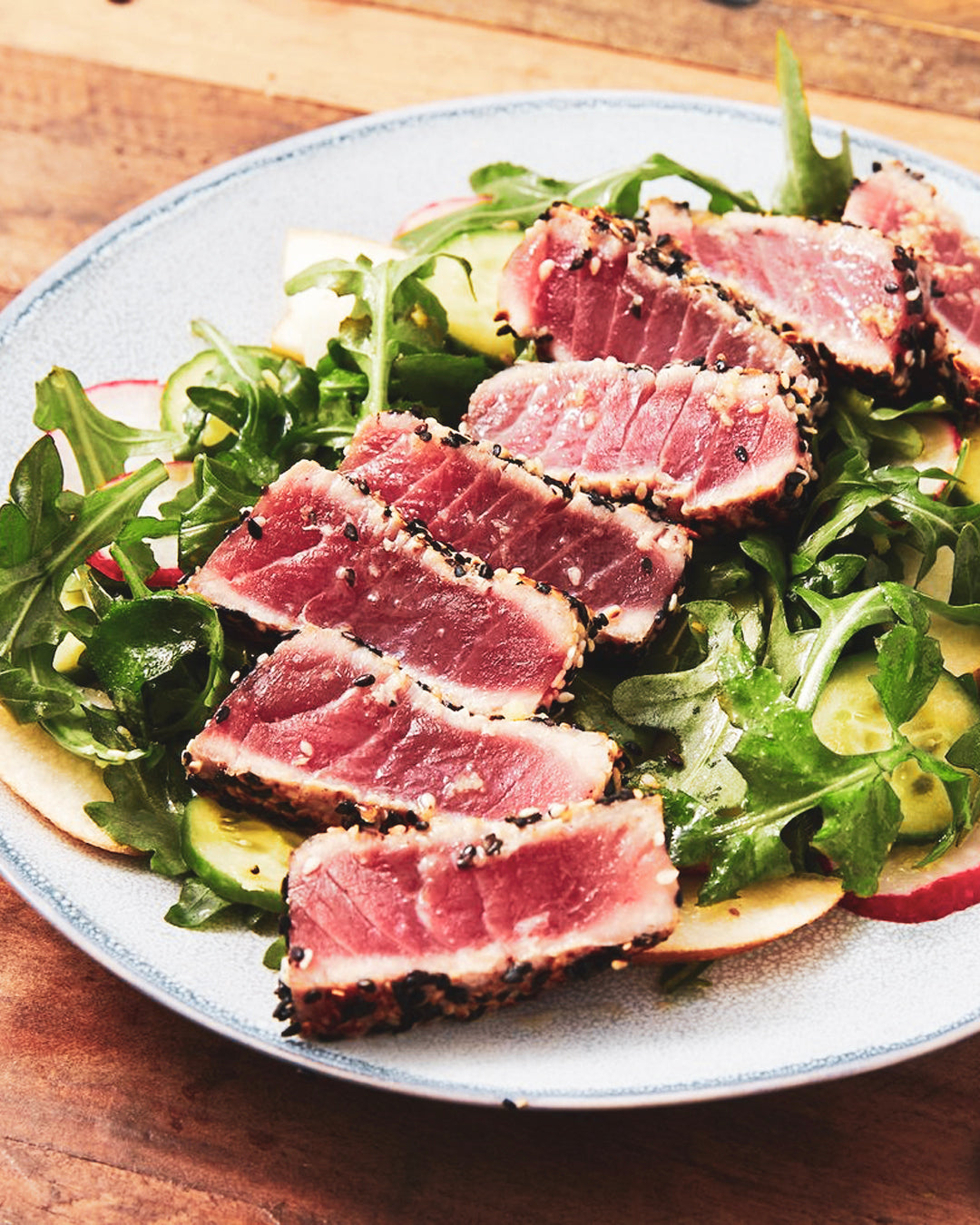 SEARED TUNA & ROCKET PEAR SALAD