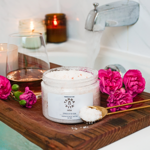 TerraVita Relax Bath Soak with 250mg of broad spectrum cbd, epsom salt, botanicals and essential oils.