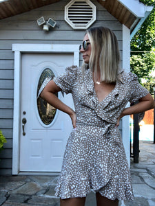Mi Amor Short Sleeve Wrap Dress