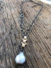 Load image into Gallery viewer, Mixed metal soldered pearl pendant necklace