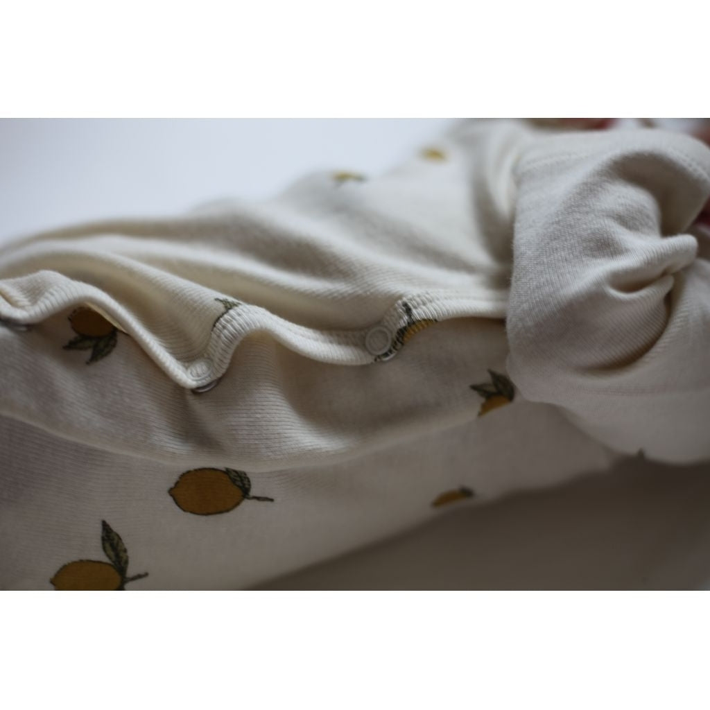 ORGANIC COTTON NEWBORN ONESIE Lemon