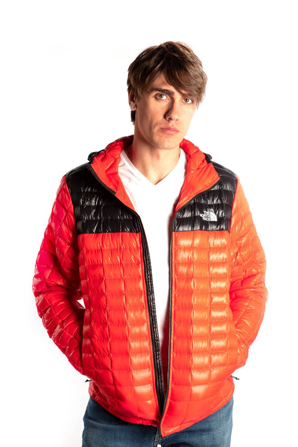 #00017  The North Face одяг, куртка THERMOBALL ECO WU5 FIERY RED/TNF BLACK