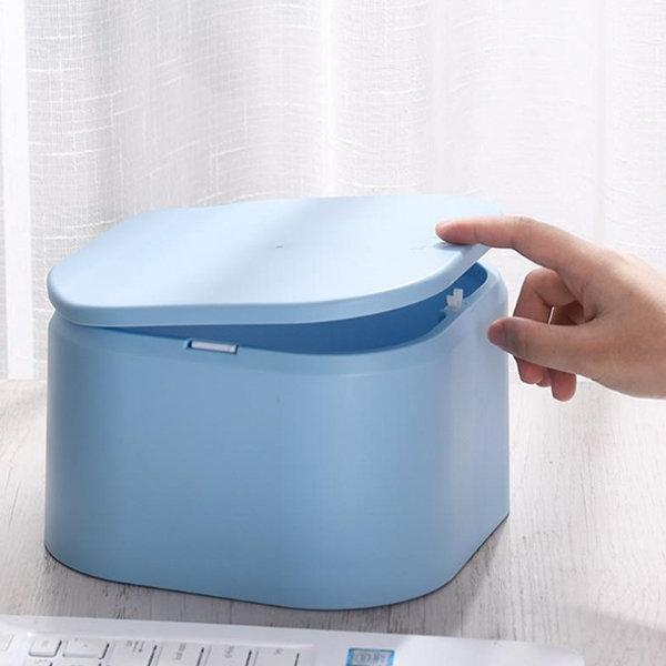 Mini Desktop Trash Bin