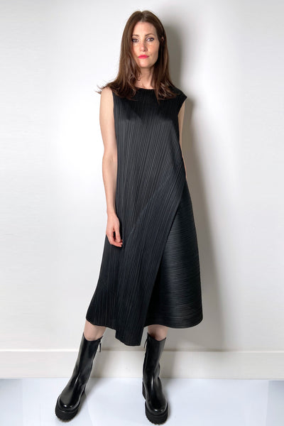 Pleats Please Black Sleeveless Dress
