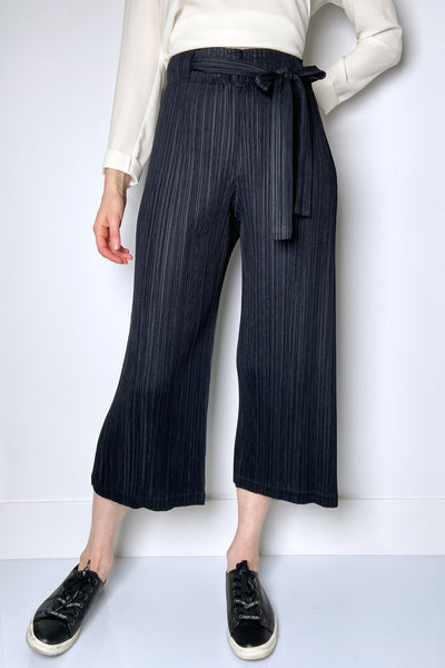Pleats Please Black Wide-Leg Cropped Belted Pants