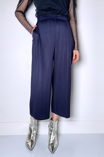 Pleats Please Navy Wide Leg Capris. (Last One, Size 5)