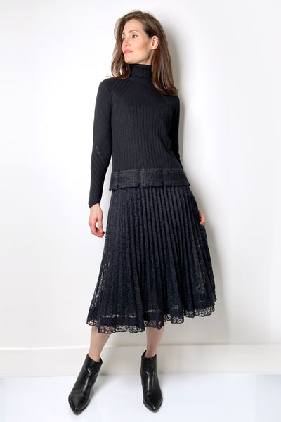 D. Exterior Black Pleated Skirt with Mohair Texture