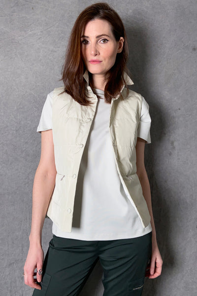 Fabiana Filippi Oyster Puffer Vest With Brilliant Neck