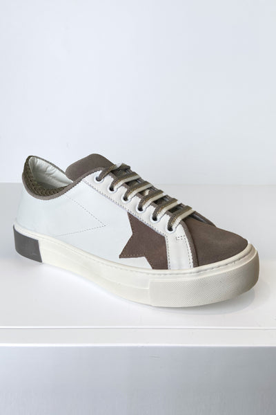 Lorena Antoniazzi Sneakers with Taupe Suede Details