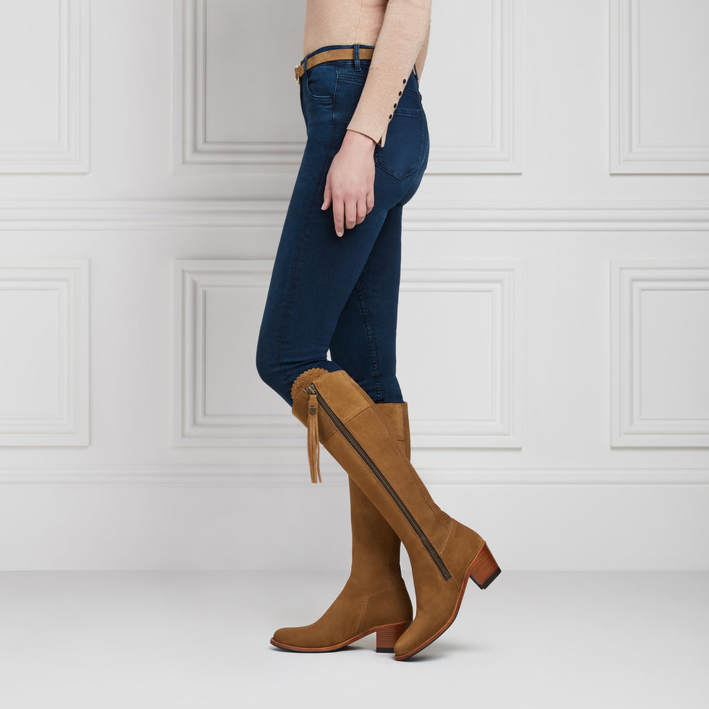 The Heeled Regina (Tan) Narrow Fit - Suede Boot