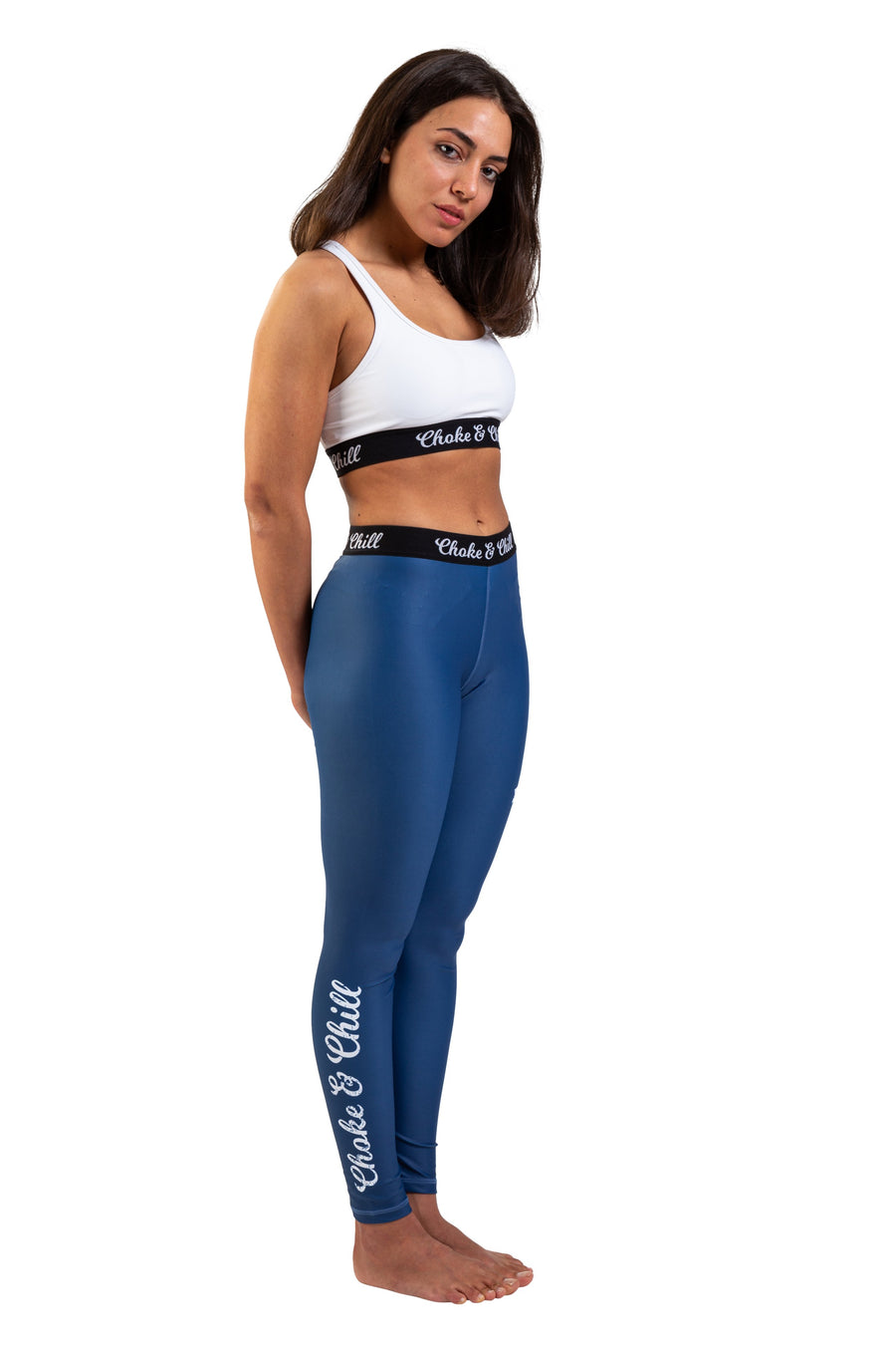 choke&chill Sport leggins spats blue sports bra white fightwear training female athlete fighter  BJJ No-Gi Grappling Brazilian Jiu Jitsu MMA Kampfsport Martial Arts