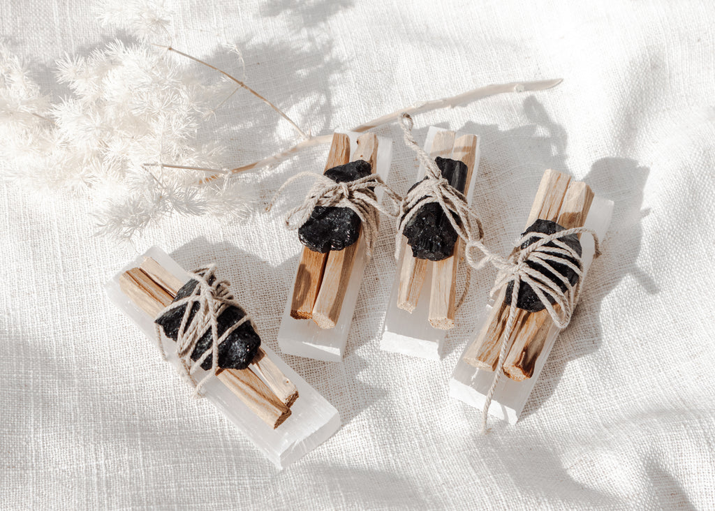Space Clearing Bundle ♢ Selenite, Black Tourmaline, Palo Santo